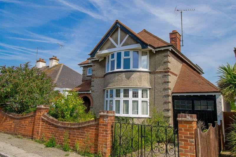 3 Bedrooms Detached House for sale in Baddlesmere Road, Tankerton, Whitstable