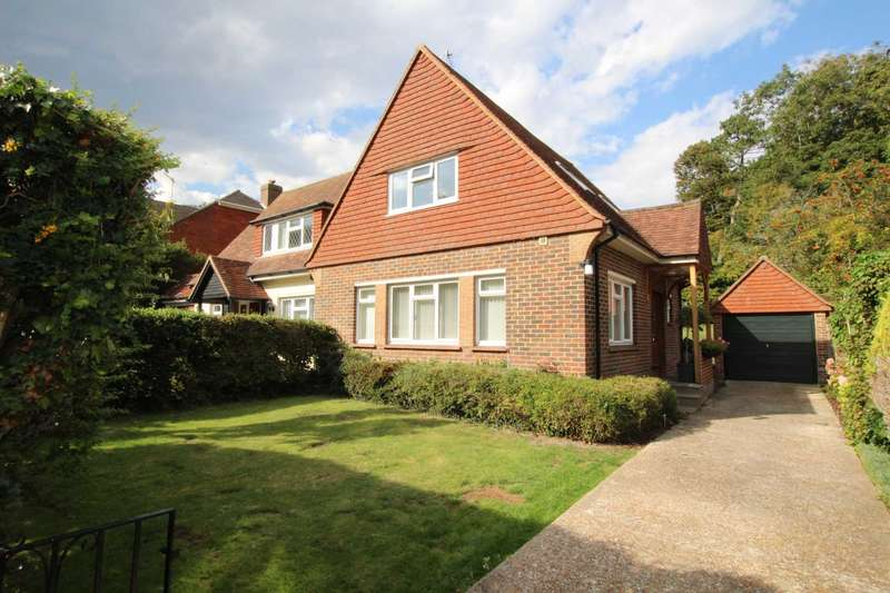 2 Bedrooms Semi Detached House for sale in Parkway, Ratton, Eastbourne.