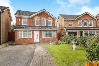 4 Bedrooms Detached House for sale in Minster Close, Winsford, Cheshire, England