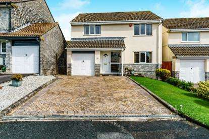 4 Bedrooms Detached House for sale in Plympton, Devon, South West