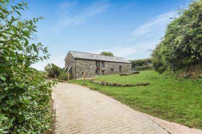 4 Bedrooms Barn Conversion Character Property for sale in Bodmin, Cornwall