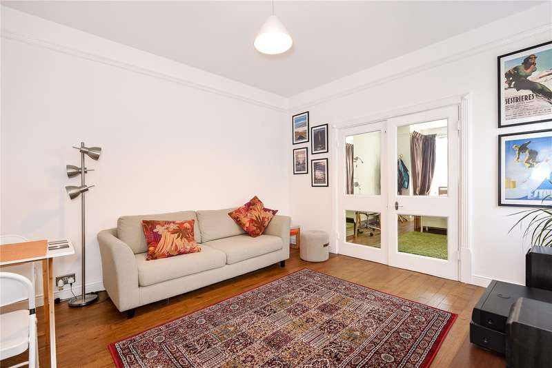 1 Bedroom Apartment Flat for sale in Devonshire Road, Pinner, Middlesex, HA5