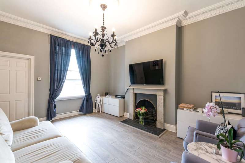 2 Bedrooms Flat for sale in Gloucester Road, South Kensington, SW7
