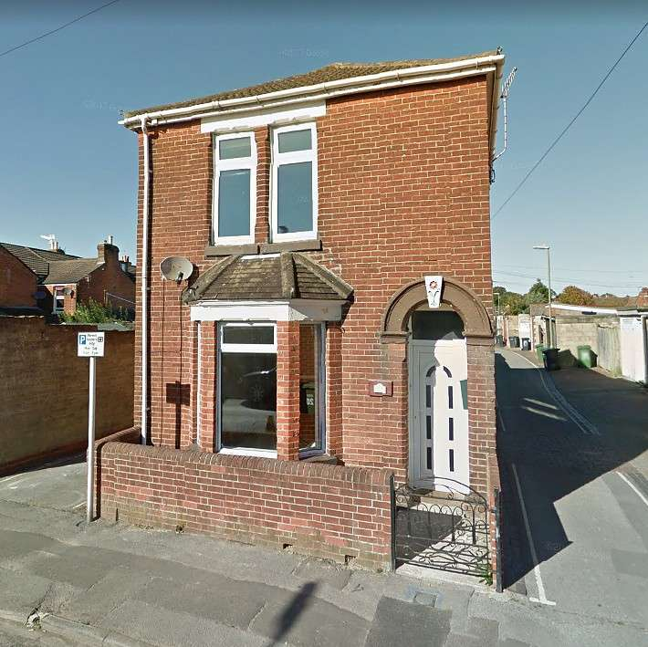 3 Bedrooms Detached House for sale in Eastleigh Town Centre