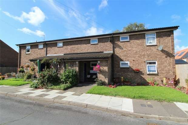 1 Bedroom Flat for sale in Holywell Close, Stanwell, Middlesex