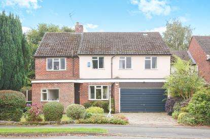 4 Bedrooms Detached House for sale in Broad Walk, Wilmslow, Cheshire, .