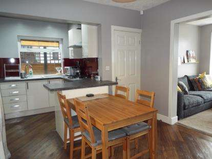 3 Bedrooms Semi Detached House for sale in Salcombe Avenue, Blackpool, Lancashire, FY2