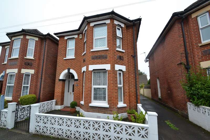 4 Bedrooms Detached House for sale in Boscombe