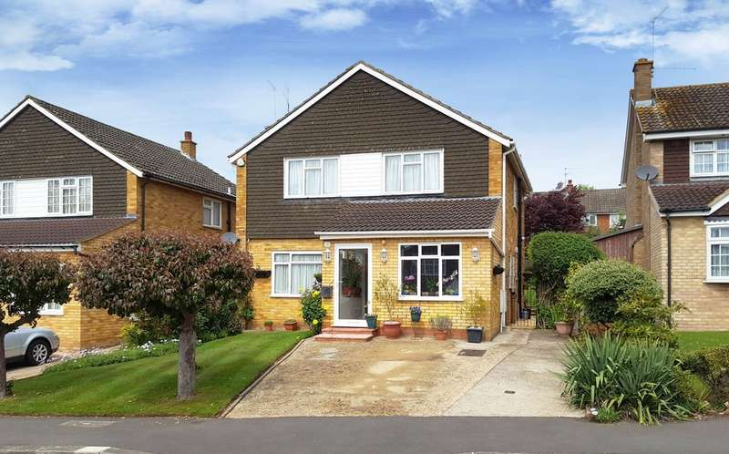 5 Bedrooms Detached House for sale in Birchmead Avenue, Pinner