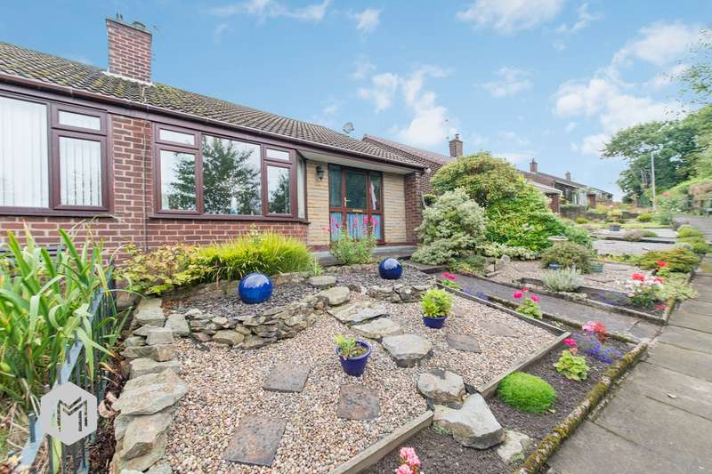 2 Bedrooms Semi Detached Bungalow for sale in Castle Hill Road, Bury, BL9