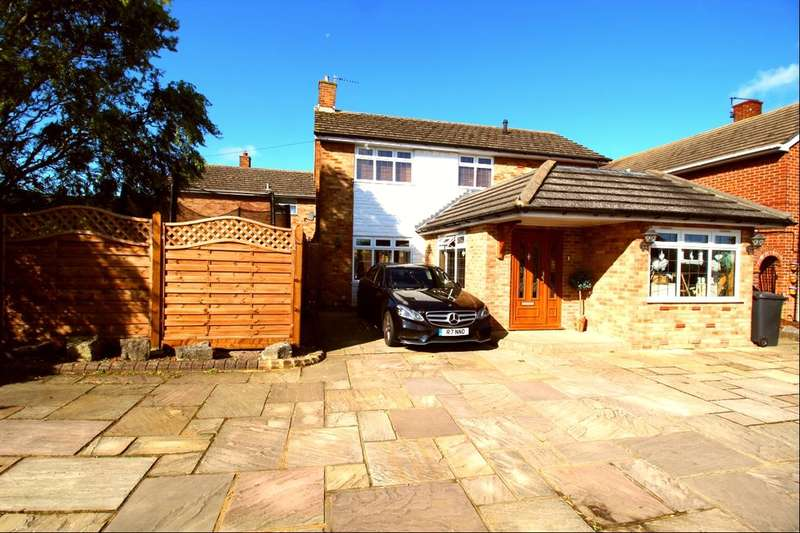 4 Bedrooms Detached House for sale in Seven Sisters Road, Eastbourne, BN22