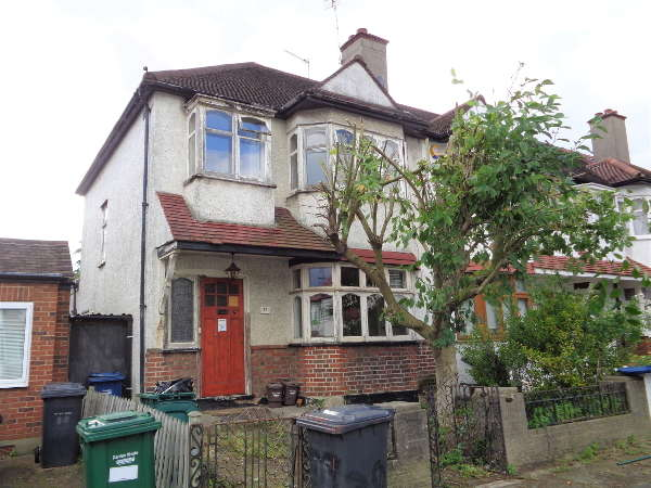 3 Bedrooms End Of Terrace House for sale in Hale Grove Gardens, Mill Hill, NW7