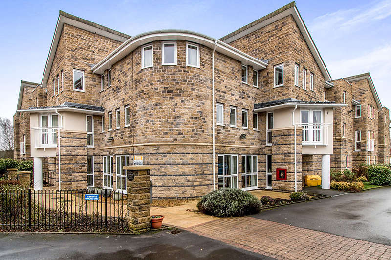 1 Bedroom Flat for sale in Ladybower Court North Road, Glossop, SK13