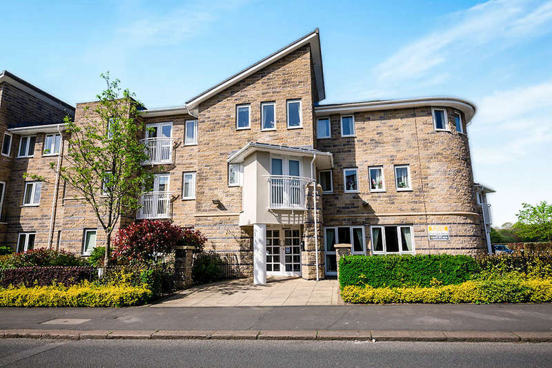 2 Bedrooms Flat for sale in North Road, Glossop, SK13