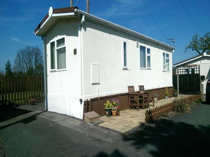 1 Bedroom Bungalow for sale in Beauty Bank, Whitegate, Northwich, CW8