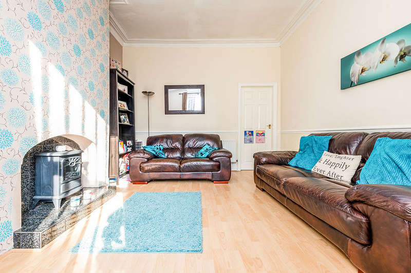 3 Bedrooms Terraced House for sale in Westfield Street, Ossett, WF5
