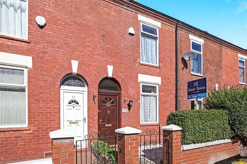2 Bedrooms Terraced House for sale in Moston Street, Stockport, SK5
