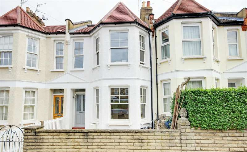4 Bedrooms Terraced House for sale in Pembroke Road, Muswell Hill, London
