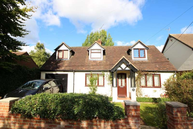 4 Bedrooms Detached House for rent in Grove Road, Sonning Common, RG4