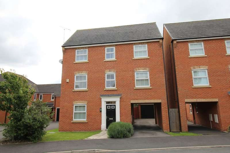 4 Bedrooms Detached House for sale in Tickford Bank, Widnes, WA8