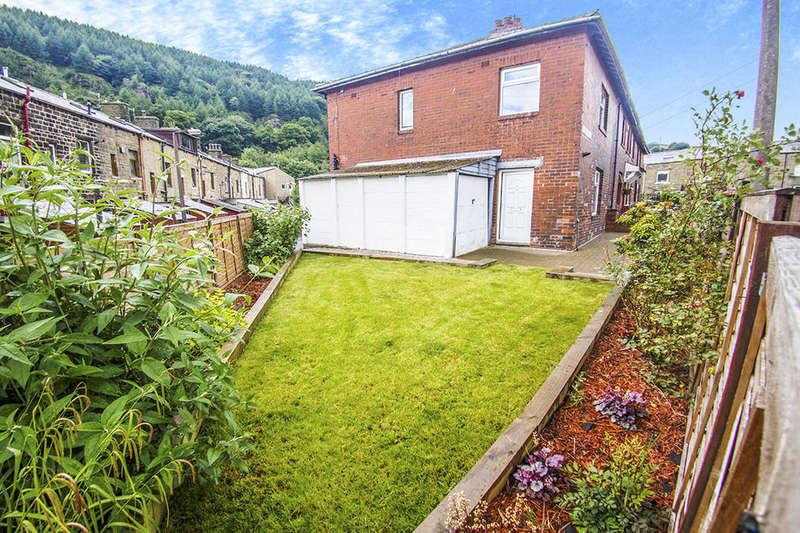3 Bedrooms Property for sale in Carrfield Villas, Todmorden, OL14