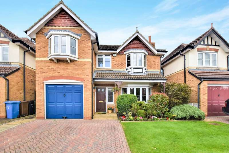 4 Bedrooms Detached House for sale in Bloomfield Close, Cheadle Hulme