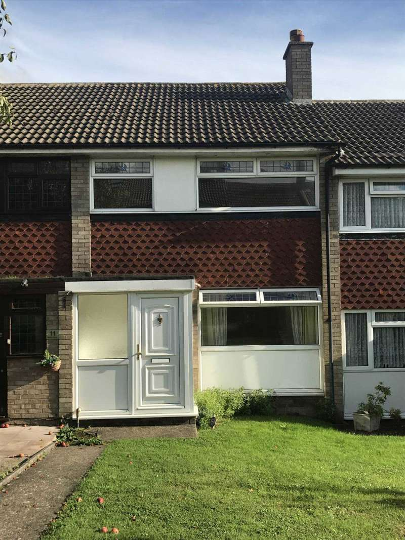 3 Bedrooms Terraced House for sale in Northdene, Chigwell