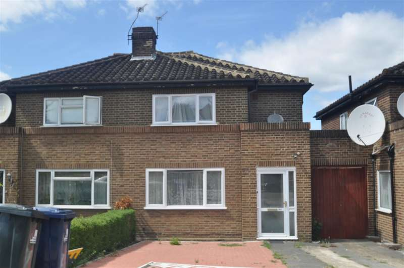 3 Bedrooms Semi Detached House for sale in Twyford Abbey Road, London, NW10 7DN