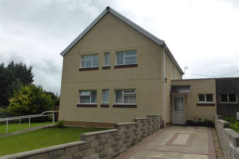 2 Bedrooms Flat for sale in 13A Coombe Tennant, Skewen, Neath