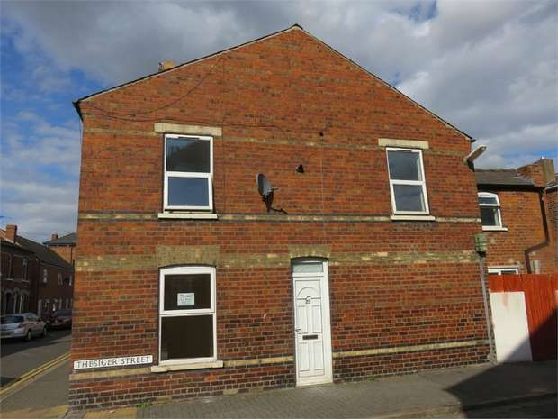 3 Bedrooms Semi Detached House for sale in Thesiger Street, Lincoln