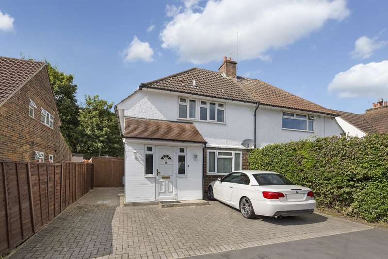 3 Bedrooms Semi Detached House for sale in Brook Road, Merstham, RH1 3EH