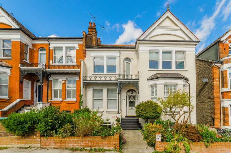 4 Bedrooms Flat for sale in Muswell Road, Muswell Hill, N10