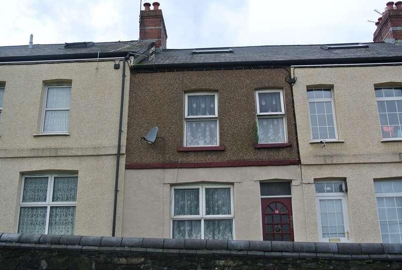 2 Bedrooms Terraced House for sale in Lethbridge Terrace, Abersychan, Pontypool, NP4