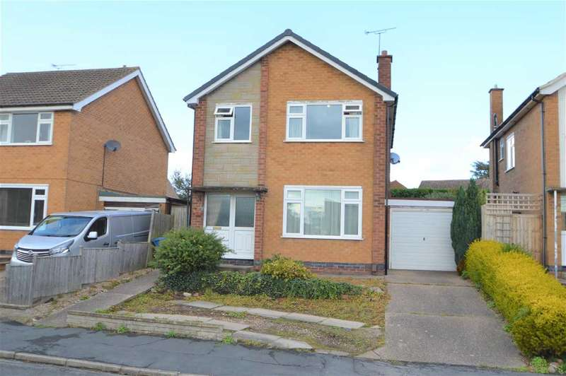 3 Bedrooms Detached House for sale in Crossdale Drive, Keyworth, Nottingham