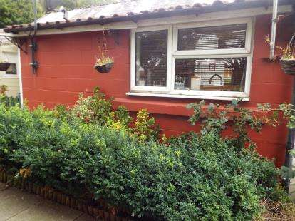 2 Bedrooms Terraced House for sale in Langdon Hills, Basildon, Essex