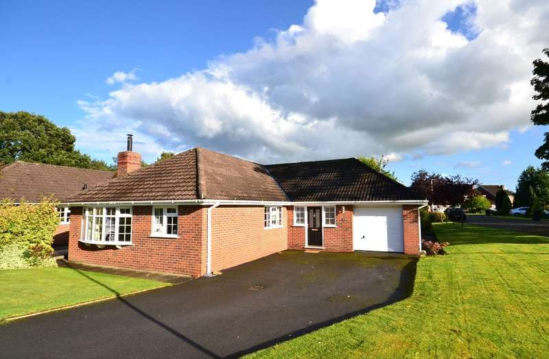 3 Bedrooms Detached Bungalow for sale in Woodland Close, Chelford, Macclesfield