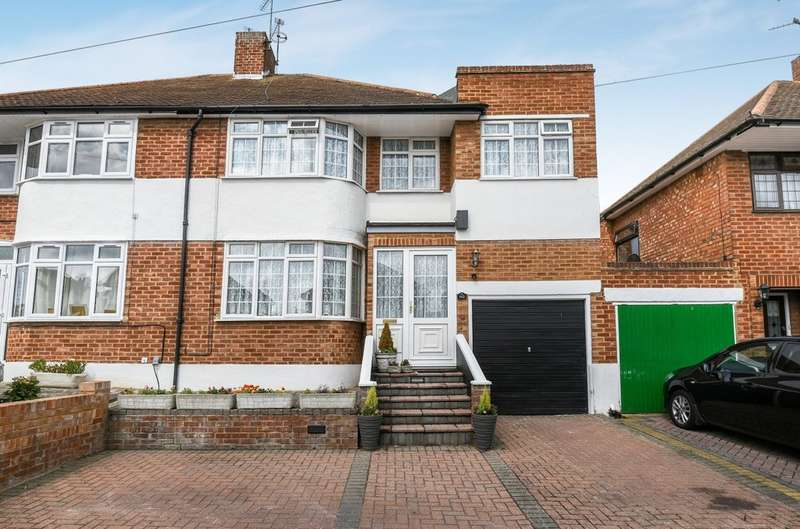 4 Bedrooms Semi Detached House for sale in Brownspring Drive, London SE9