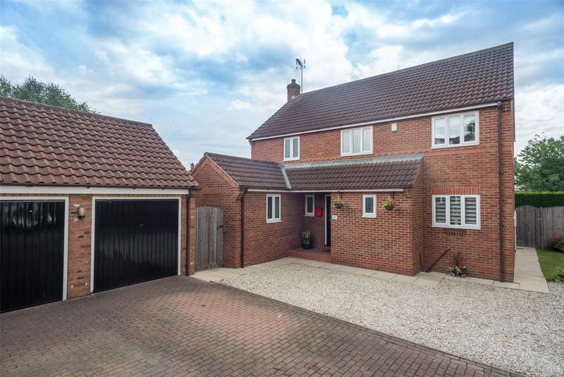 4 Bedrooms Detached House for sale in Dutch Court, Barlby, Selby, YO8