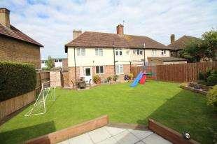3 Bedrooms Semi Detached House for sale in Croydon Road, Beckenham, Kent, Uk