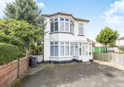 4 Bedrooms Detached House for sale in Bournemouth, Dorset