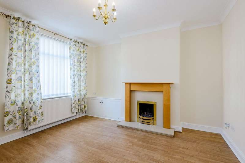 3 Bedrooms Terraced House for sale in Ashfield Road, Ellesmere Port, Cheshire CH65