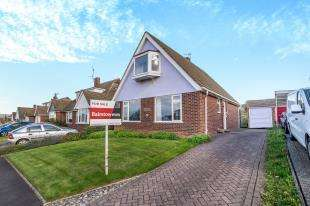 4 Bedrooms Detached House for sale in Maxwell Drive, Allington, Kent