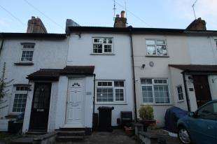 2 Bedrooms Terraced House for sale in High Street, St Mary Cray, Orpington, Kent