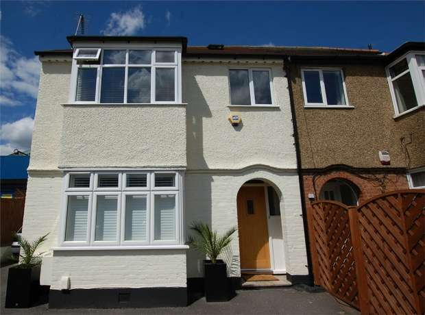 3 Bedrooms Maisonette Flat for sale in Southlands Road, BROMLEY, Kent