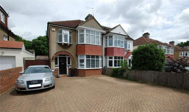 3 Bedrooms Semi Detached House for sale in The Mead, WEST WICKHAM, Kent