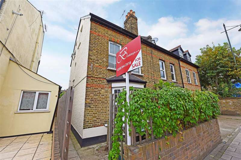 2 Bedrooms Apartment Flat for sale in Hartfield Road, Wimbledon