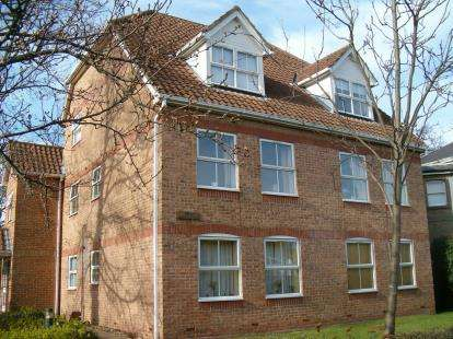 1 Bedroom Flat for sale in 130 Winchester Road, Southampton, Hampshire