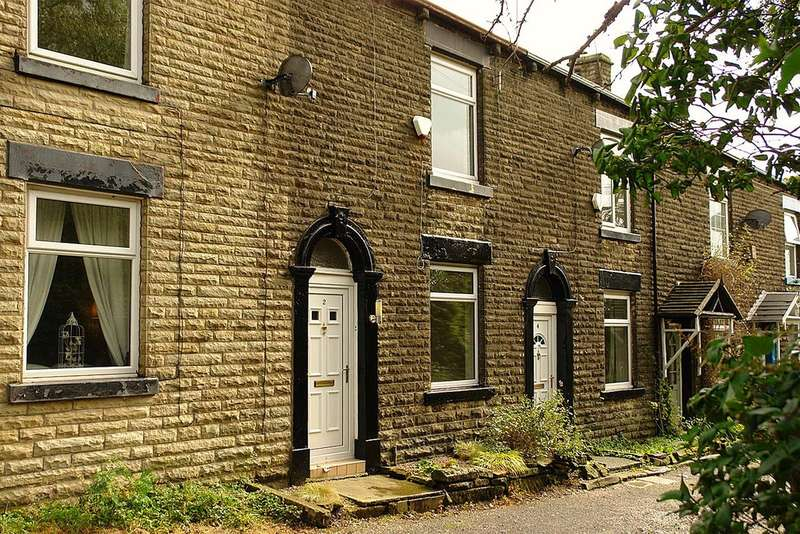 2 Bedrooms Terraced House for sale in Melville Street, Lees, Oldham