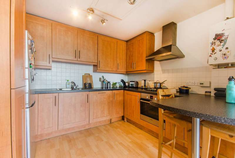 2 Bedrooms Flat for sale in Evan Cook Close, Peckham, SE15