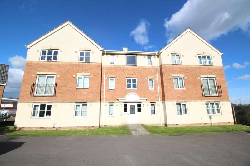 2 Bedrooms Flat for sale in Manor Park Road, Cleckheaton, BD19